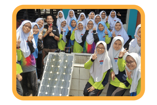 """The FIRST STEM Robotic education programme that instils """"Green"""" sustainable lifestyle awareness to the future generation"""